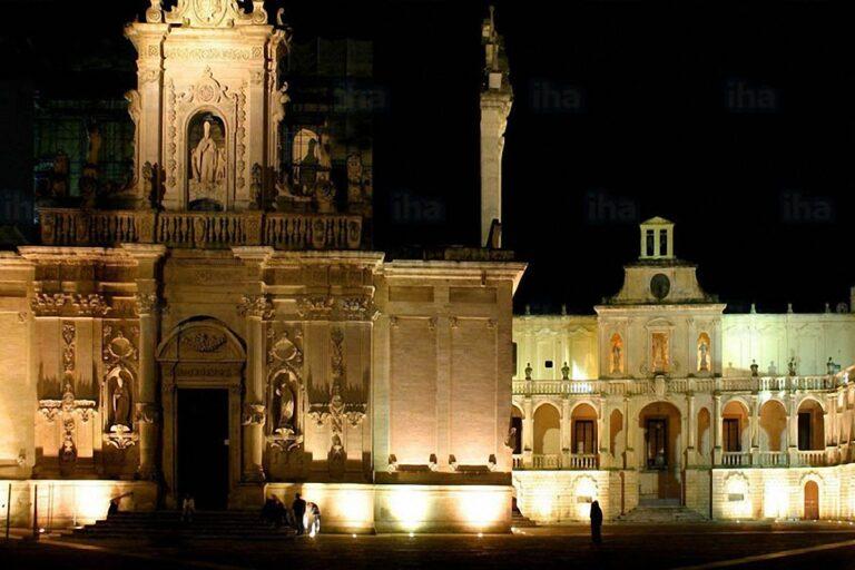 Lecce-piazza-duomo1200